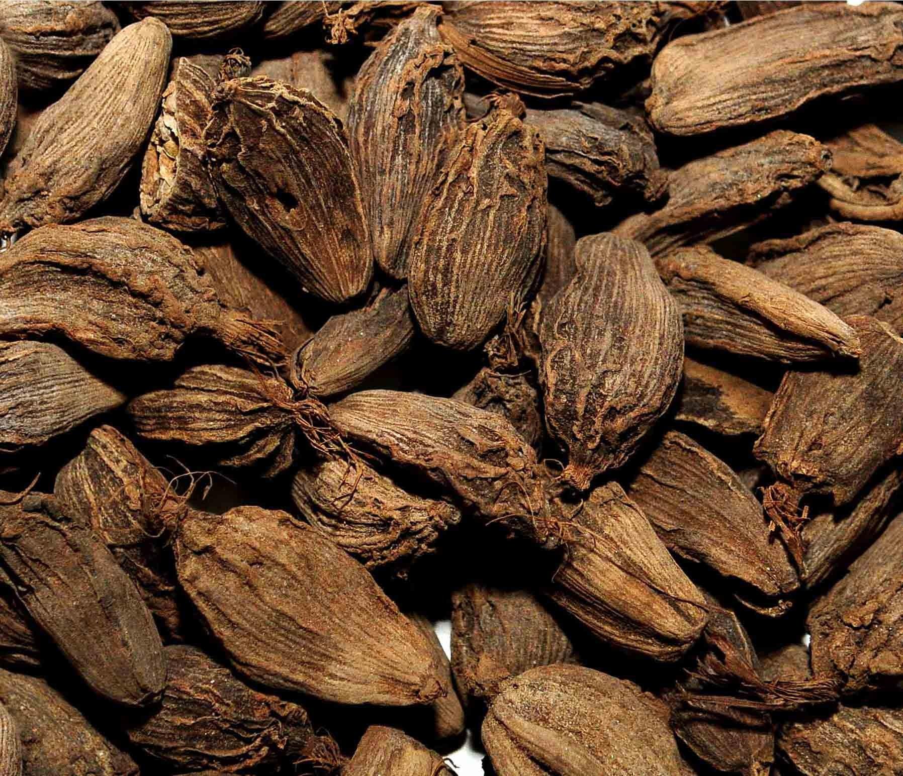 Black Cardamom (Badi Elaichi)