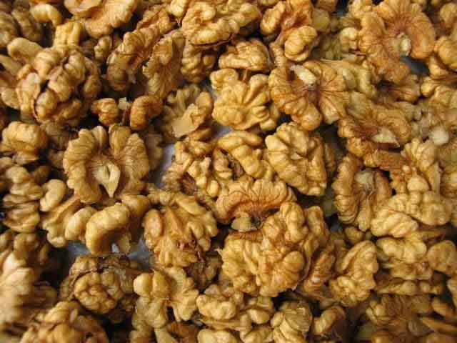 Walnut Kernels (Akhrot Giri)